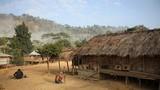Cuộc sống biệt lập của bộ lạc ở Bangladesh