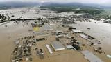 Ảnh: Ngập lụt kinh hoàng sau mưa lớn ở Nhật, 50 người chết