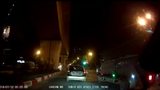 """Video: """"Quái xế"""" phóng xe như tên bắn, tông gục CSGT"""