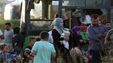 """""""Đập tan"""" vòng vây tại Idlib, Quân đội Syria cứu thoát 7000 người"""