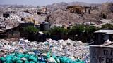 Hãi hùng cuộc sống trong bãi rác lớn nhất Châu Phi