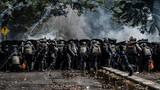 """Kinh hoàng bạo loạn sau bầu cử Tổng thống Indonesia, Jakarta thành """"chiến trường"""""""