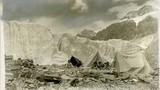 """Tận mắt đỉnh Everest """"chết chóc"""" cách đây một thế kỷ"""