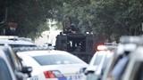 Hiện trường xả súng 6 cảnh sát bị thương, Mỹ điều xe bọc thép