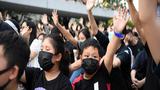 """Tòa Hong Kong: Lệnh cấm người biểu tình đeo mặt nạ là """"vi hiến"""""""