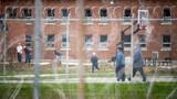 Dịch COVID-19 đe dọa hệ thống nhà tù khắp thế giới