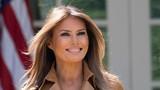 Ngỡ ngàng vẻ đẹp của Đệ nhất phu nhân Mỹ vừa bước sang tuổi 50