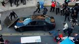 Toàn cảnh vụ lao xe, nổ súng vào đám đông biểu tình ở Mỹ