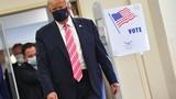 Ảnh: Tổng thống Trump đeo khẩu trang đi bỏ phiếu sớm tại bang Florida