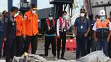 """Nhân chứng vụ máy bay Indonesia rơi: """"Phi cơ lao xuống biển, nổ tung"""""""