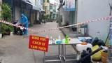 Người bán nước trước cổng bệnh viện và 2 con dương tính nCoV