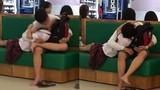 Học sinh ôm hôn ở TTTM Sài Gòn: Lỗi tại ai?