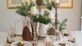 Trang trí bàn ăn Giáng sinh khiến trái tim bạn tan chảy