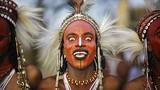 Độc đáo truyền thống các bộ tộc thổ dân châu Phi