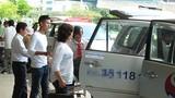 Khốc liệt cạnh tranh giảm giá cước phí xe ra sân bay