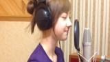 """Hotgirl Thái hát nuột """"bèo dạt mây trôi"""" tặng fan Việt"""