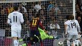 Real 3-4 Barca: Kinh điển và kịch tính  trên sân Bernabeu