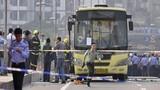 Xe buýt Trung Quốc bị đốt cháy, 78 người thương vong