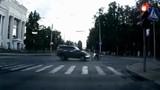 Những vụ tai nạn giao thông khiến người xem choáng váng
