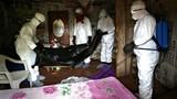 Ebola: Tìm thấy 17 bệnh nhân bỏ trốn, nỗ lực tìm thuốc