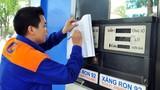 Vì sao giá xăng nhập hạ 50%, Việt Nam chỉ giảm 4.200 đồng/lít?