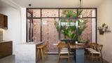 Ngôi nhà ấn tượng nhờ có tường làm bằng gạch trần