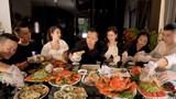 Bữa ăn nghìn đô của Vũ Khắc Tiệp có gì khiến fan xôn xao?