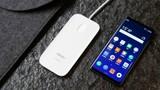"""CEO Nguyễn Tử Quảng """"quên"""" hai điện thoại tiên phong dòng không phím bấm"""