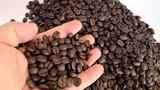 Phân biệt cà phê tự nhiên và cà phê tẩm hóa chất như thế nào?