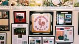 Thăm dây chuyền sản xuất tương ớt nổi tiếng của người Mỹ gốc Việt