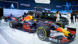 """""""Soi"""" bộ đôi xe đua F1 tại gian hàng Honda VMS 2019"""