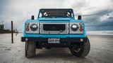 Land Rover Defender 90s đời 1992 độ độc hơn 4 tỷ đồng
