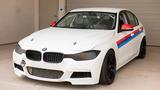 BMW 3-Series phiên bản xe đua - không đèn, không ghế sau