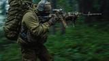 """Tận mắt khẩu súng AK-74 """"độ"""" riêng cho đặc nhiệm Nga"""