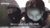 Bị cướp kề dao vào cổ, buộc rút hết tiền trong ATM