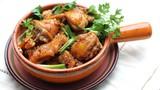 Cách làm món gà kho gừng ngon đúng điệu