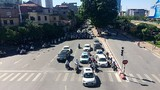 Video: Cái kết của việc dừng đèn đỏ sai cách