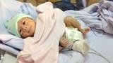 Clip mới nhất về bé sơ sinh bị văng khỏi bụng mẹ