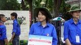 Hình ảnh đẹp: Tình nguyện viên đội nắng dầm mưa tiếp sức mùa thi