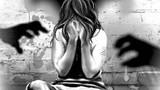 Đi học về, bé gái 9 tuổi bị lôi vào bụi chuối hiếp dâm