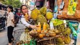 Hà Nội: Người bán hàng rong vật vã với nắng nóng đầu hè