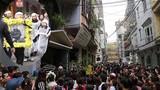 Fan đến nhà riêng Trần Lập đông kín trước lễ an táng