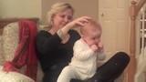 Video: Em bé say ngủ khi được massage thu hút triệu lượt xem