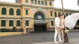 Cận cảnh váy cưới quá táo bạo khiến Sĩ Thanh bị ném đá