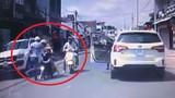 Công an đã mời tài xế hành hung phụ nữ chạy xe máy lên làm việc