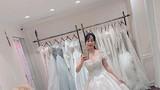 Ốc Thanh Vân mặc váy cưới khoe vẻ đẹp rạng rỡ