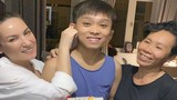 Hồ Văn Cường đón sinh nhật 18 tuổi bên mẹ nuôi Phi Nhung