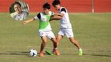 """Đội bóng cũ của Ronaldo béo """"kết"""" 4 cầu thủ U19 VN"""