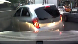 Lạng lách khi đi ô tô và hậu quả khó lường