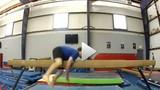 Pha tai nạn khó đỡ của vận động viên thể dục